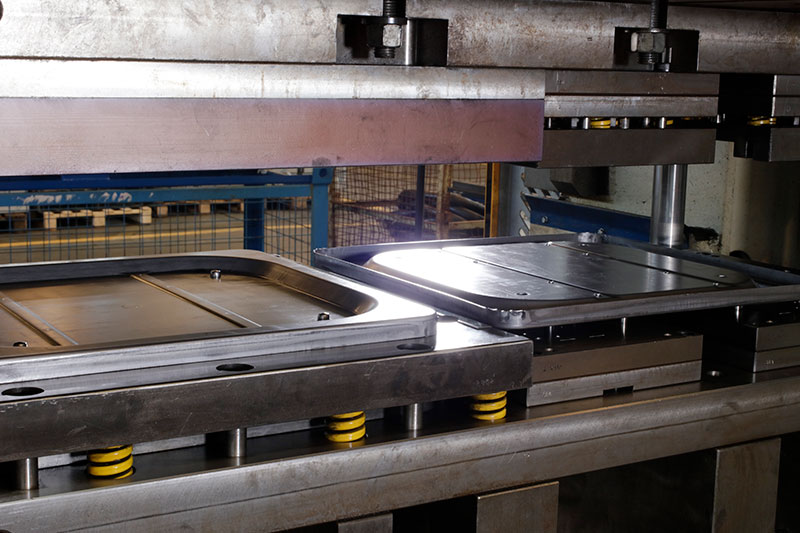 Metal sheet stamping, press